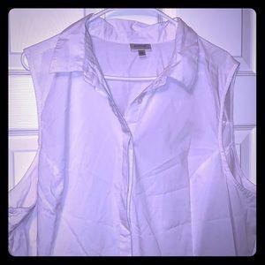 Ave ur white sleeveless blouse